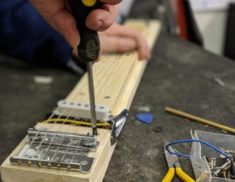 building a lapsteel guitar