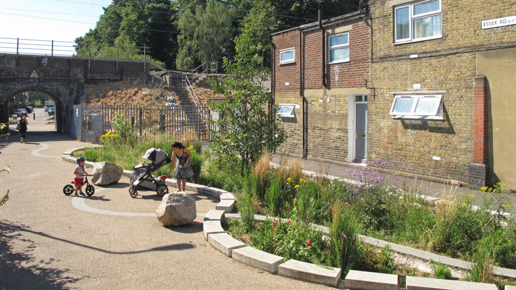 Essex Road Rain Gardens - CREDIT Jenna Selby on behalf of Waltham Forest Council-